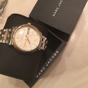 MJacobs new Luxury Line two tone large face in box